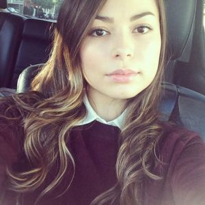 miranda-cosgrove-twitter-instagram-personal-photos-january-2014-collection_1